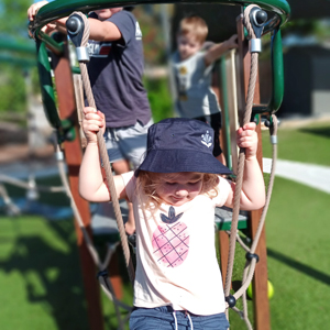 Cannon Hill Early Learning Centre - Children playing - Outdoor Area
