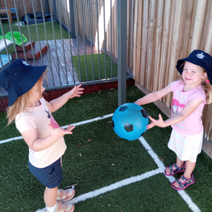 Cannon Hill Early Learning Centre - Children playing